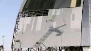 Budowa sarkofagu nad reaktorem jądrowym