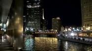 Rzeka Chicago nocą