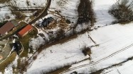 Domy na wsi z lotu ptaka