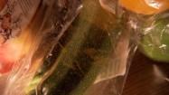 Warzywa zapakowane w plastik