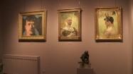 Obrazy w muzeum