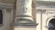 Kolumna przed kościołem św. Karola Boromeusza w Wiedniu