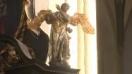 Rzeźba anioła
