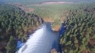 Zamarznięta rzeka