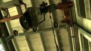 Huta - urządzenie dźwigowe w hali przemysłowej